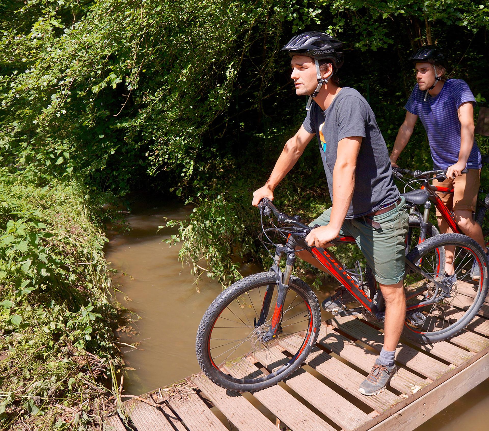 Adventure Valley - Durbuy - le plus grand parc aventure - Belgique