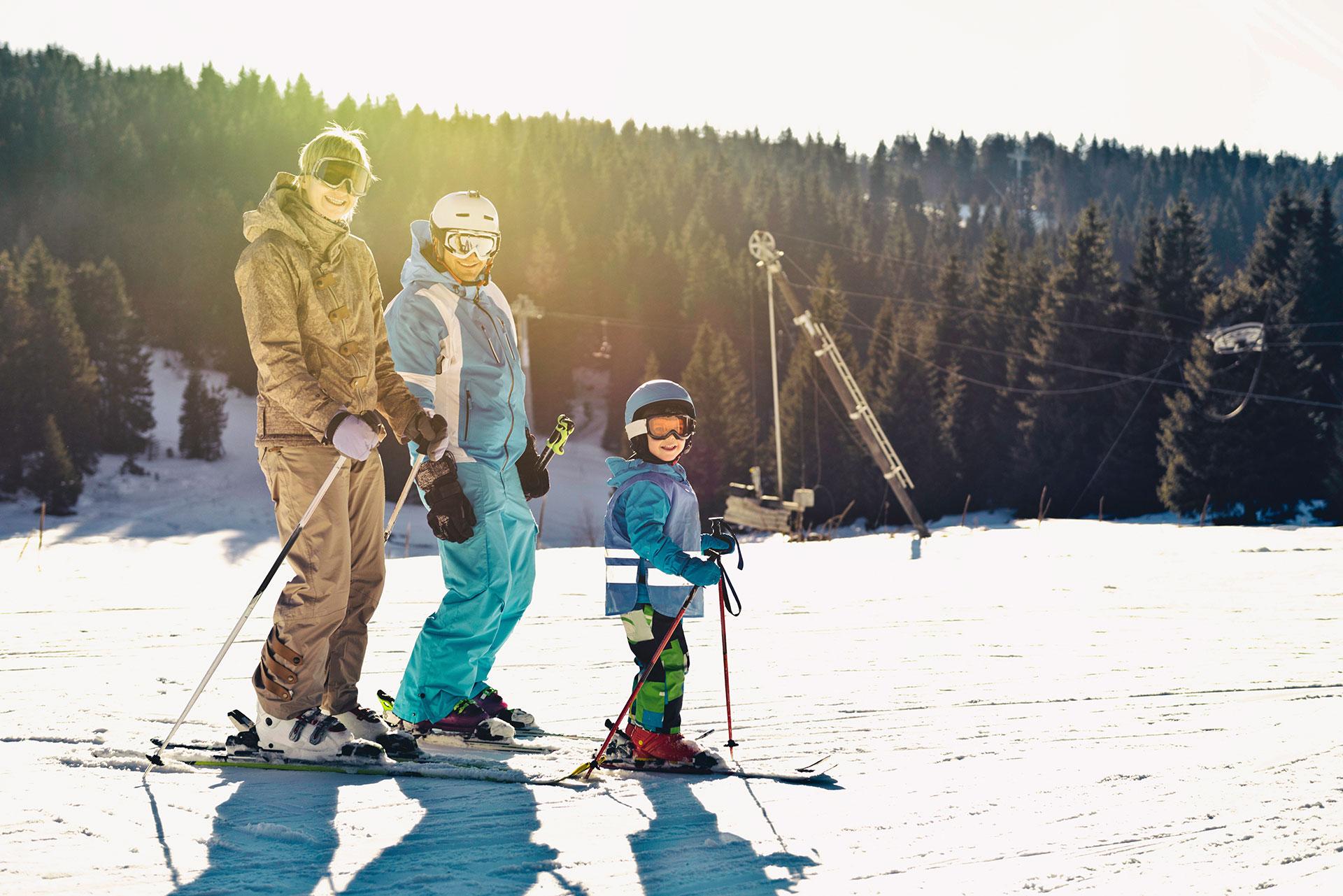 ski - famille - ski de fond - ski alpin - luge - snowboard
