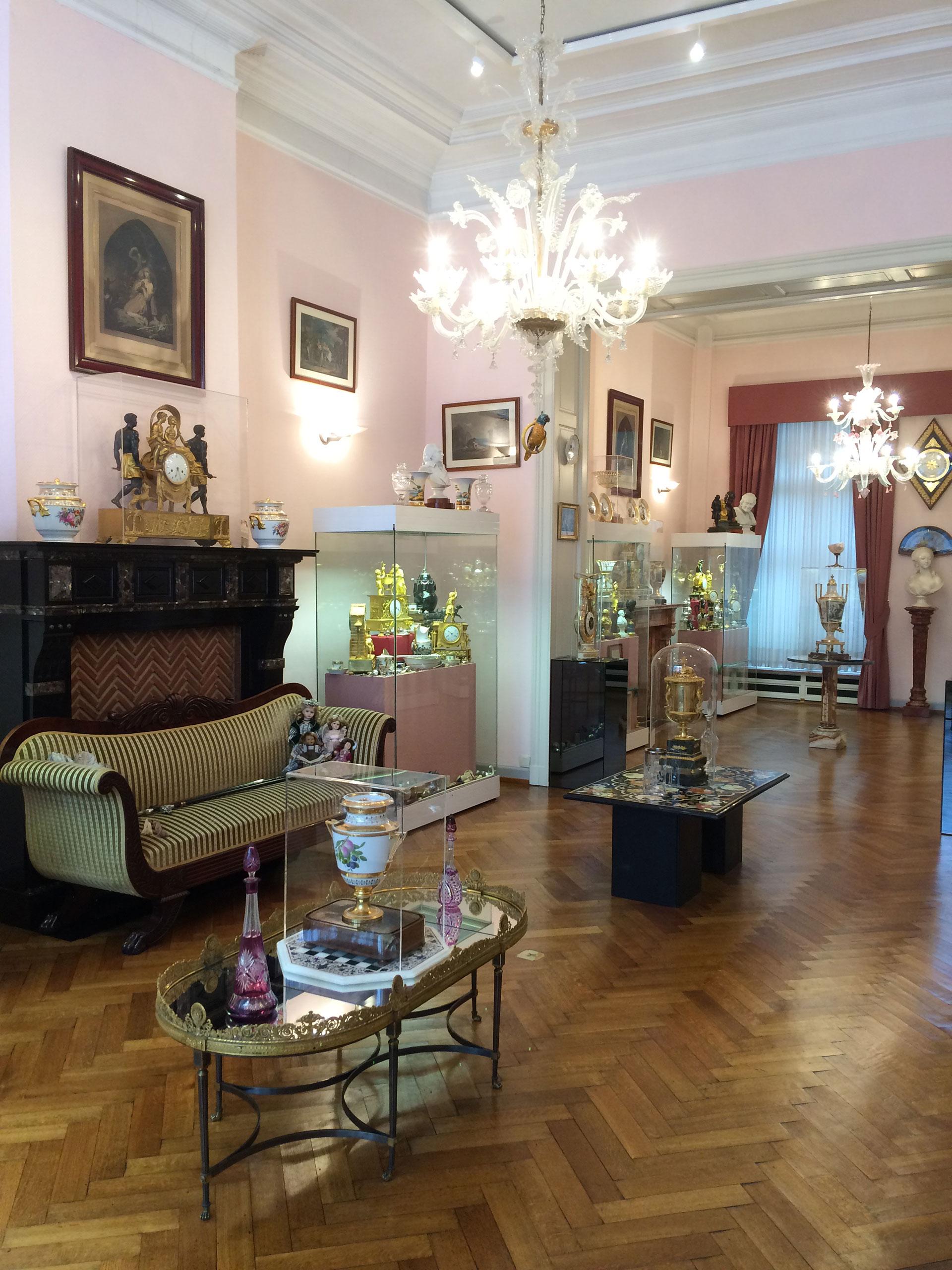 Musée - François Duesberg - Mons - arts décoratif - objets insolites - règne de Louis XVI