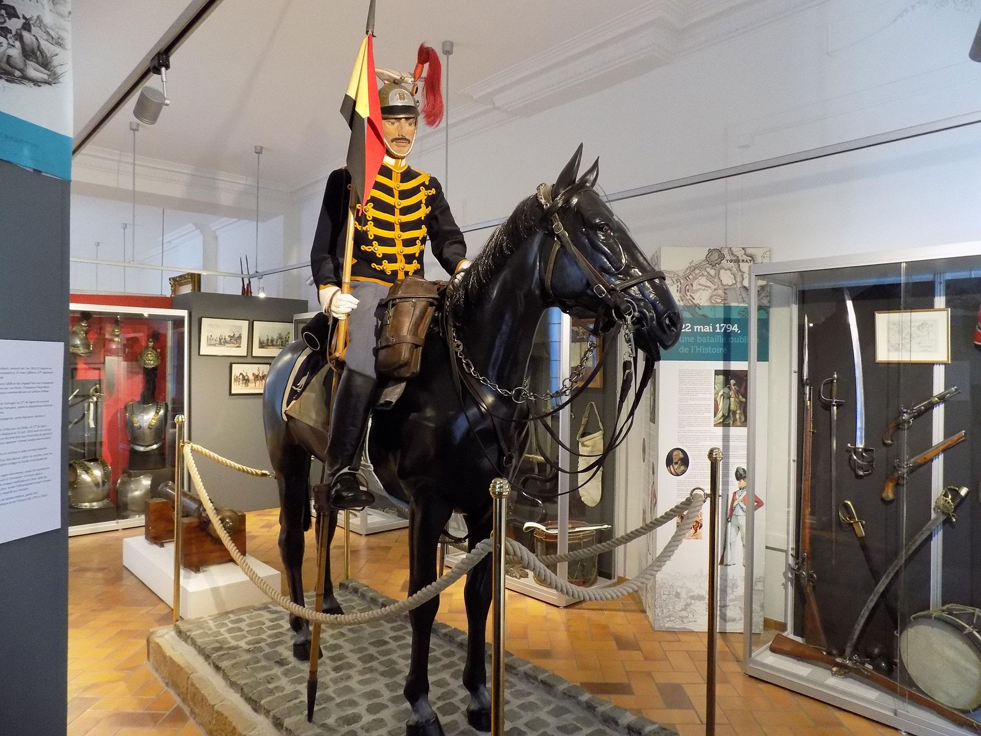 Musée - Royal - Armes - Histoire - militaire - Tournai