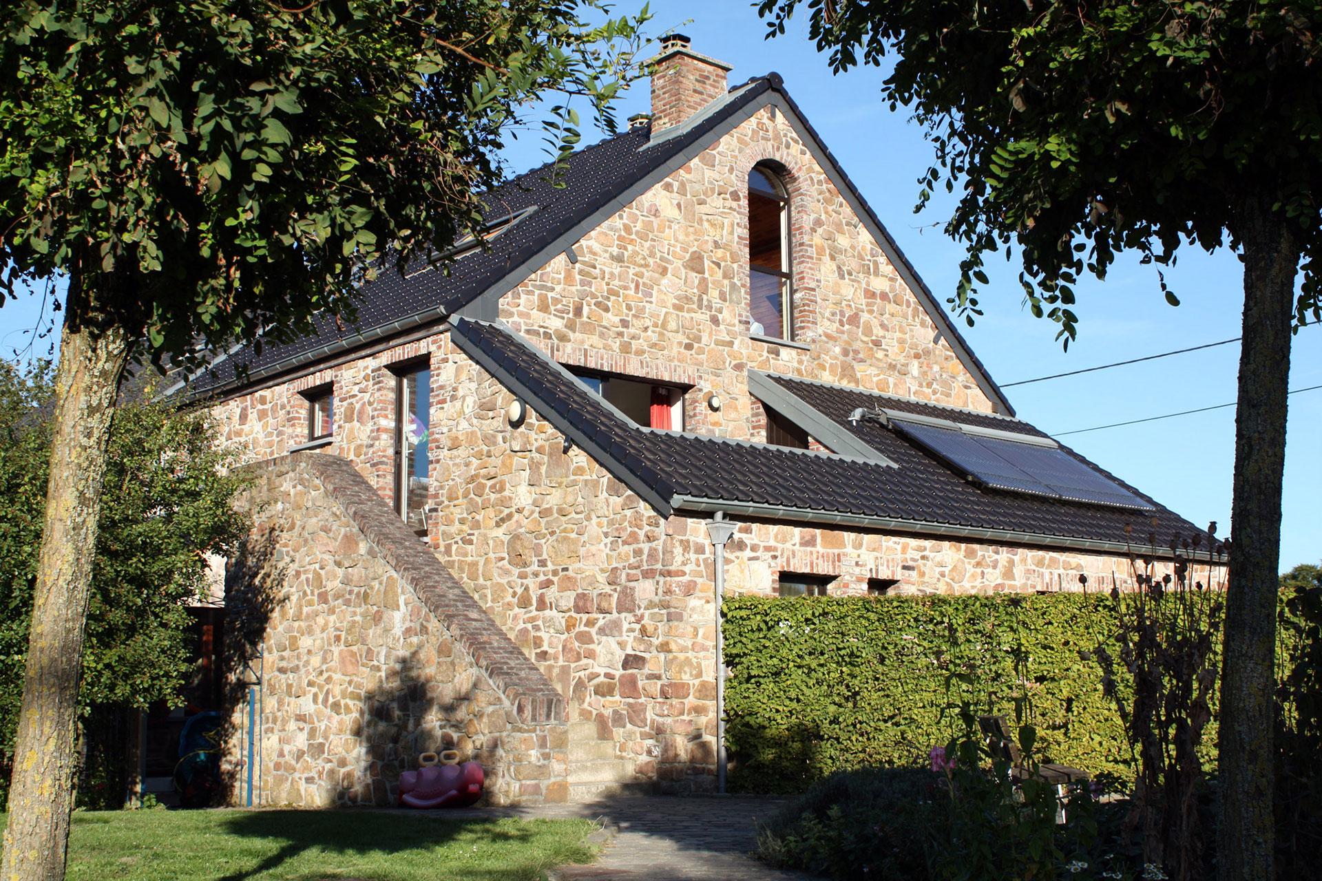 Gîte du Plateau - Terre - Bois-de-Villers - ancienne ferme - Access-i - labellisé Clé Verte