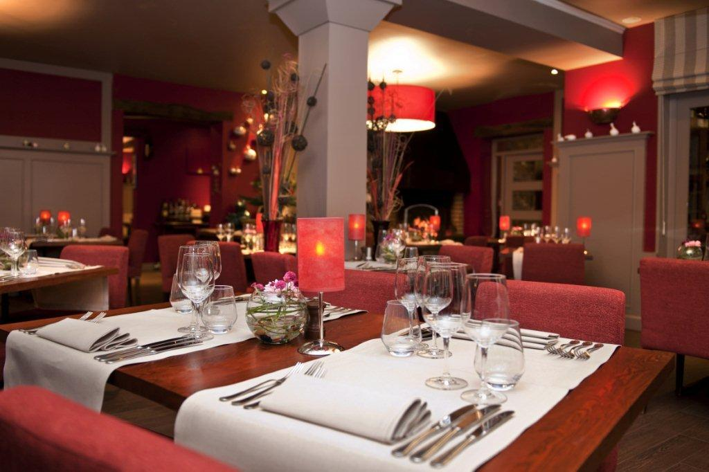 Restaurant de l'hôtel Le Charme de la Semois à Alle-sur-Semois en Ardenne, Bib Gourmand au Guide Michelin.