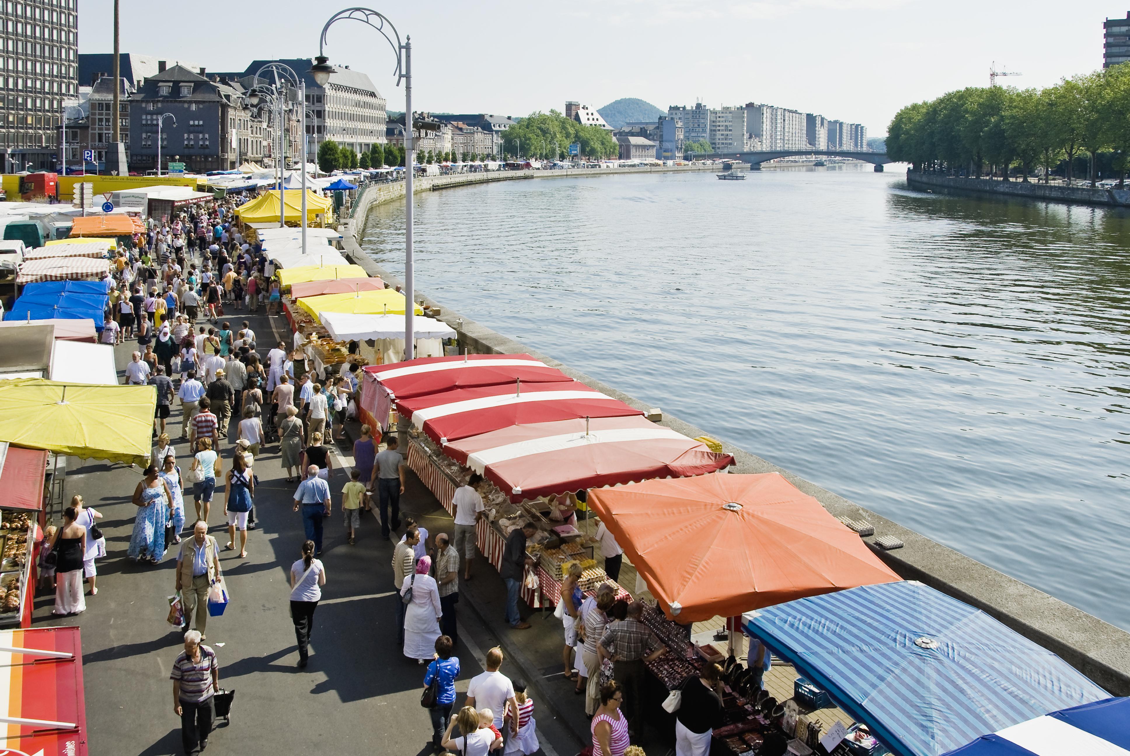 Scoprite il Mercato La Batte di Liegi, il più grande e antico mercato del Belgio