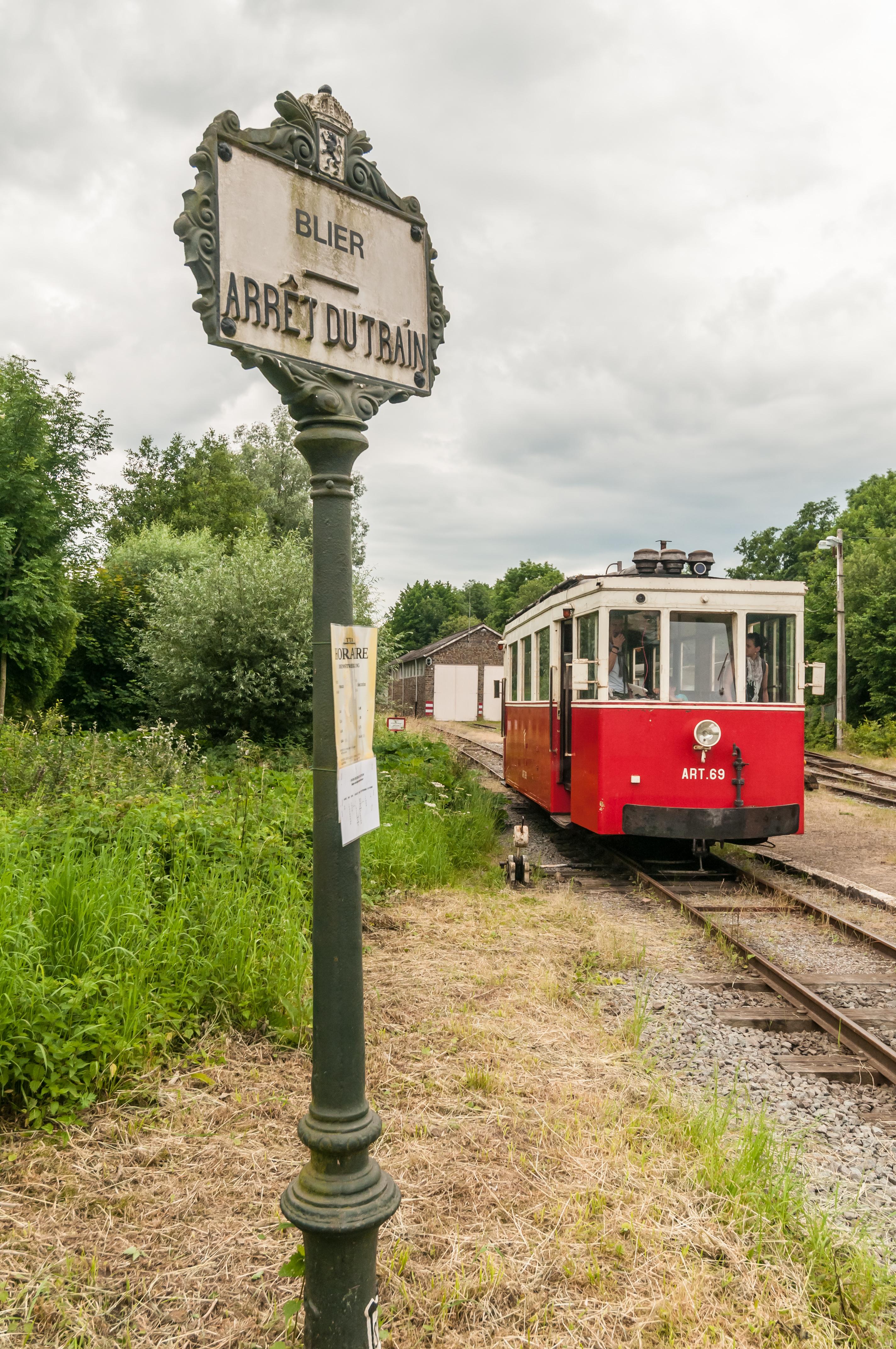 Ga aan boord van de toeristische tram van Aisne in Erezée