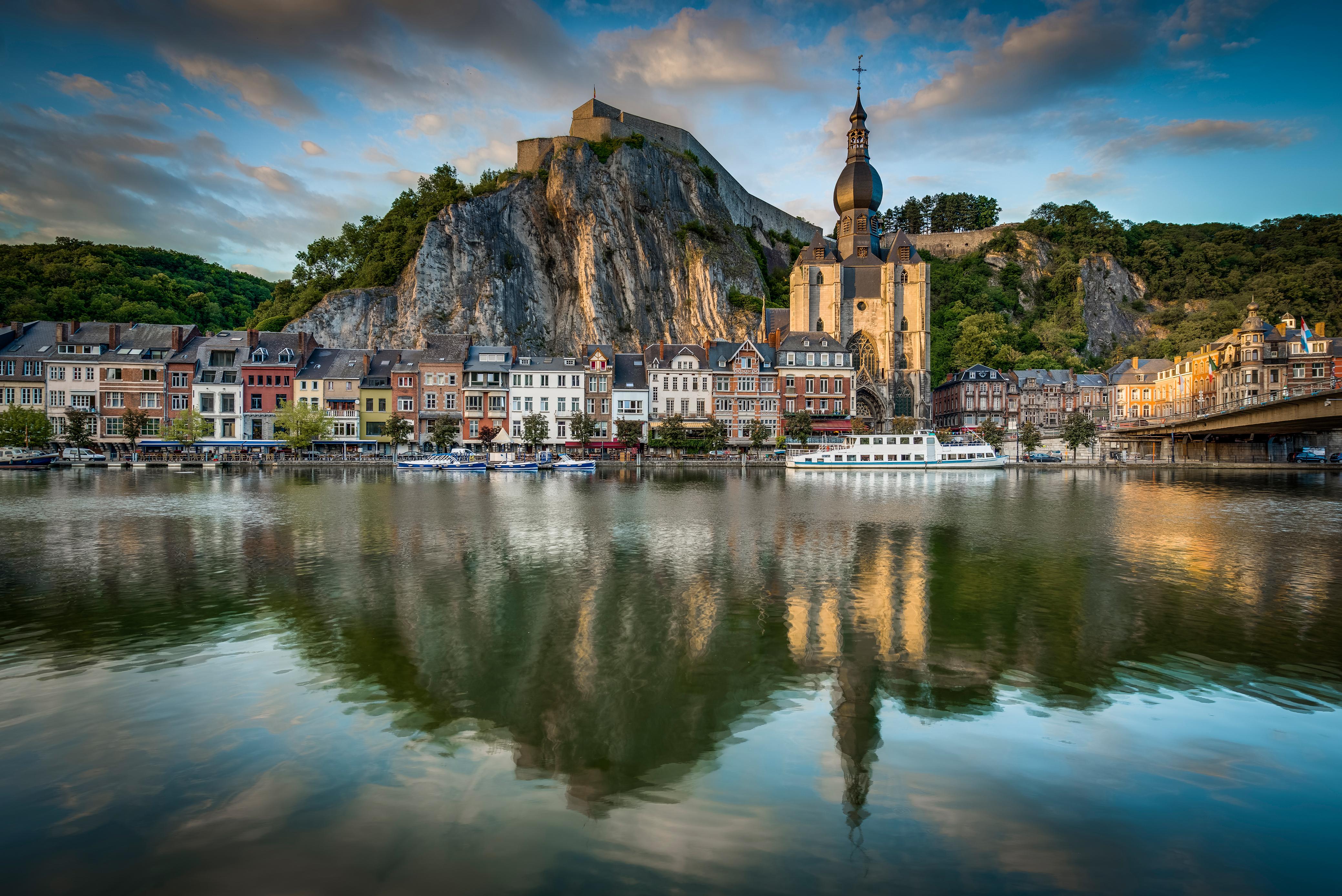 Wandelen in Namen en het Maasdal