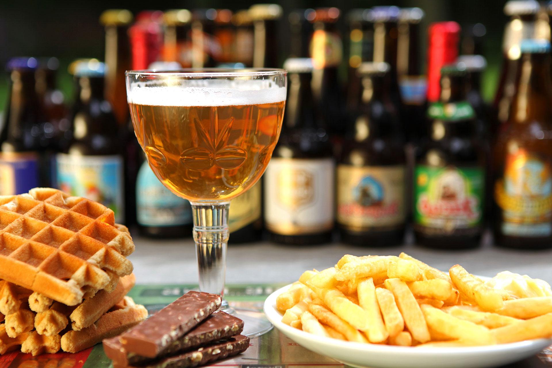 Gastronomische specialiteiten - bier, wafels, chocola en friet