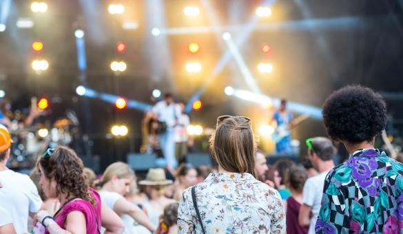 Festival - été - musique - coupe Afro