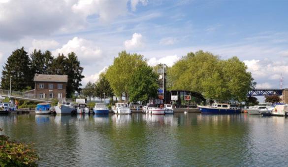 Port de plaisance - Liège - Maastricht - canal Albert - Meuse - écluse de Visé