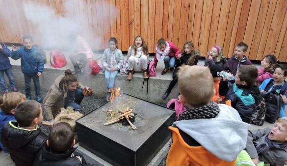 Préhistomuseum - Ramioul - enfants - feu