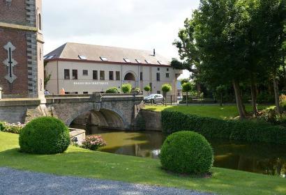 Hôtel - le Haras des Chartreux - Estampuis - hôtel 3 étoiles - 10 chambres - brasserie - centre équestre - Château de Bourgogne - proximité de Tournai.