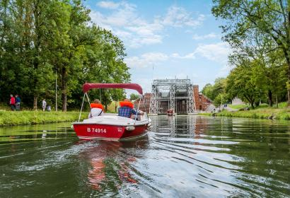 Bateaux électriques - Canal du Centre