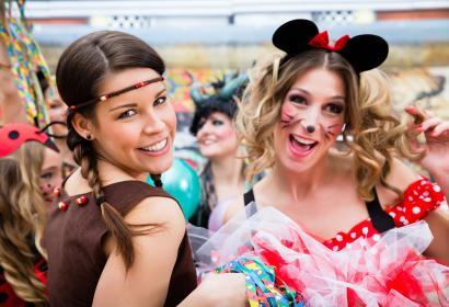 Carnaval - Mardi gras - mascarade - bal masqué - déguisement - défilé - fête - réjouissance - tradition - populaire
