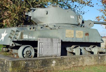 circuit commémoratif de la bataille des Ardennes à Rendeux - Beffe - Char