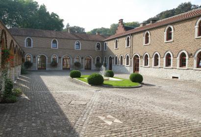 Ferme-château Ahin - Huy