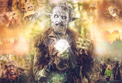 Image fictive d'un monstre tenant une boule magique