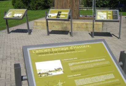 Hastière - Site - interprétation - barrages - panneaux - didactiques