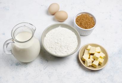 Ingredienten Luikse wafels - bloem eieren boter melk suiker