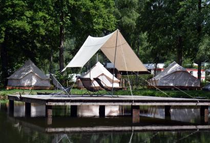 00025280 - Le Heron - Backpacker's camp.jpg