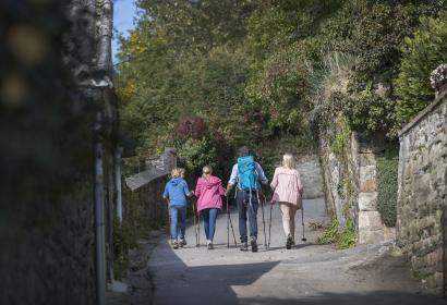 Malmedy - randonée - famille - bâton de marche