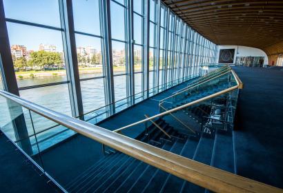 vue sur la Meuse depuis le Palais des Congrès à Liège en Wallonie