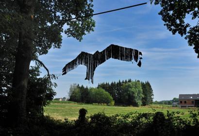 Sentier d'art en Condroz-Famenne - Gesves - Vue d'une oeuvre d'art - Oiseau