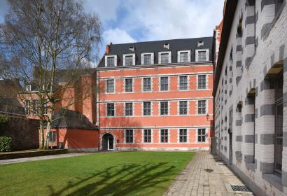 Musée du Doudou - Mons - Jardin du Mayeur - vue extérieure