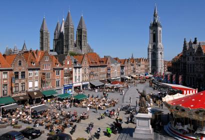 Tournai - Grand-Place - Le Beffroi - patrimoine mondial UNESCO