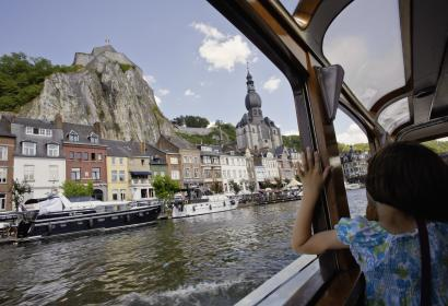 Discover Dinant, in the province of Namur, with a boat cruise on the Meuse