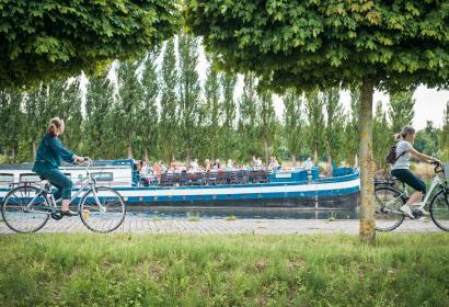 Tourisme fluvial - Famille - Tourisme industriel - Activités - sport et détente - Transport fluvial - Attractions touristiques - musées - Vélo - VTT - Randonnée cycliste - Transports - Péniche - Cible