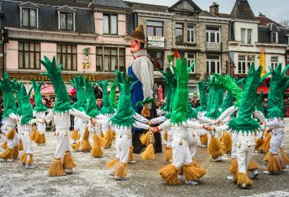 Entdecken Sie die Riesen der Wallonie und ihre reiche Folklore in Tilff