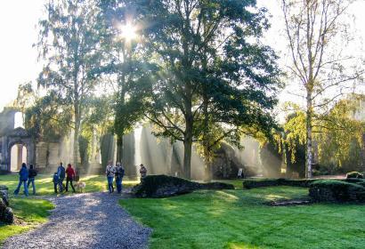 Schattenjacht met je gezin in de Abdij van Villers-la-Ville