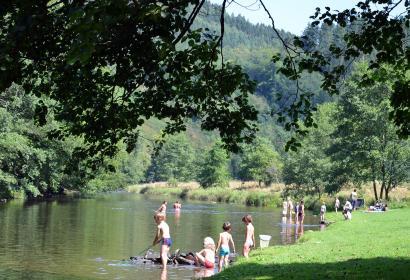 Maboge-Plage - baignade - Ourthe - Roche-en-Ardenne - Wallonie Terre d'Eau