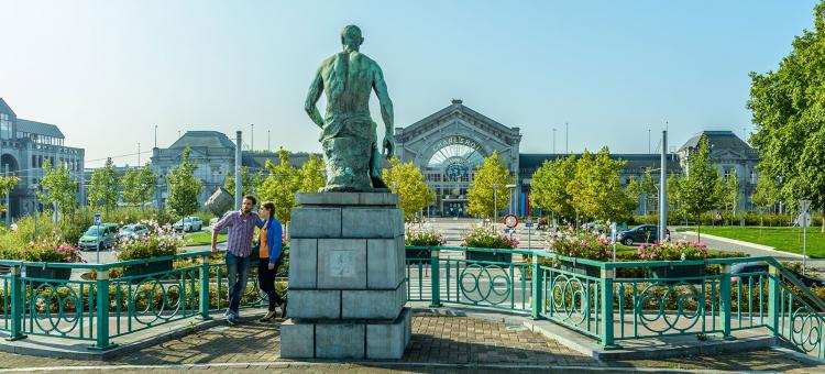 Charleroi - Gare - Forgeron - Constantin Meunier