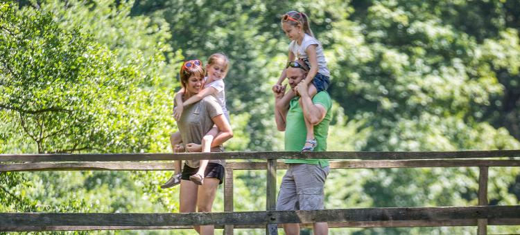 commune francophone - Région wallonne - province de Luxembourg - balade - insolite - Balade en famille
