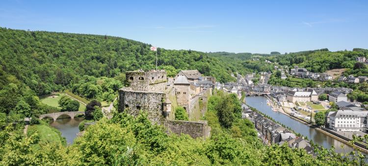 Venez découvrir le Château de Bouillon datant de l'époque médiévale