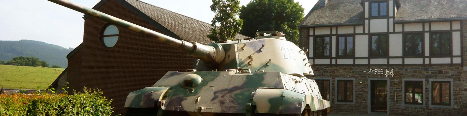 Char - Tigre Royal - Musée Decembre 44