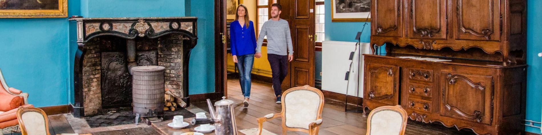 Partenaire WBT Média - presse Château Couple jeune Cible Lavaux-Sainte-Anne