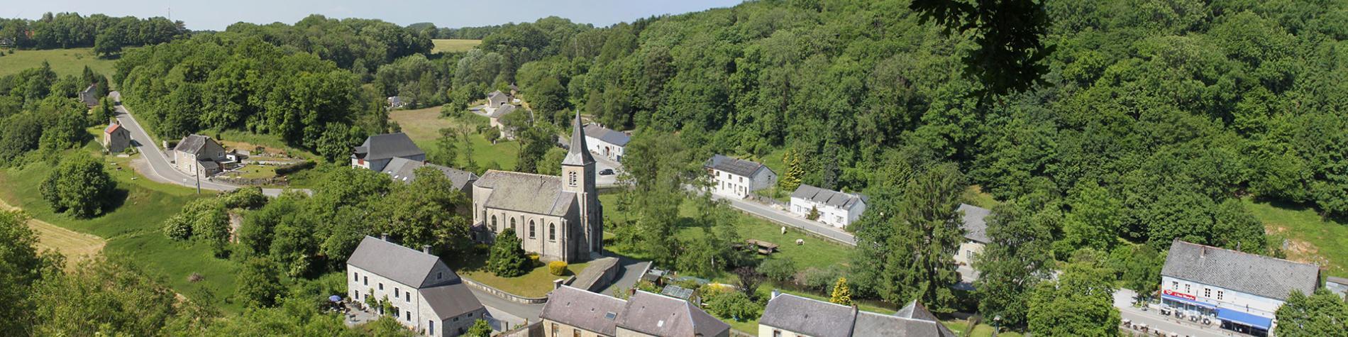 Les plus beaux villages de Wallonie - Lompret - clocher - nature - ciel bleu - paysage