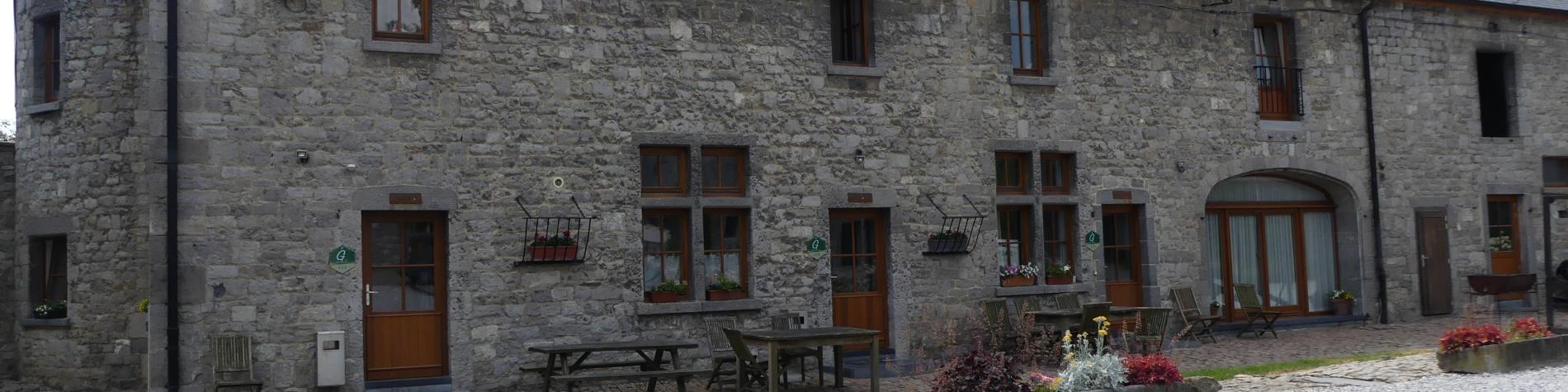 Gîtes Ferme-château Laneffe – Walcourt