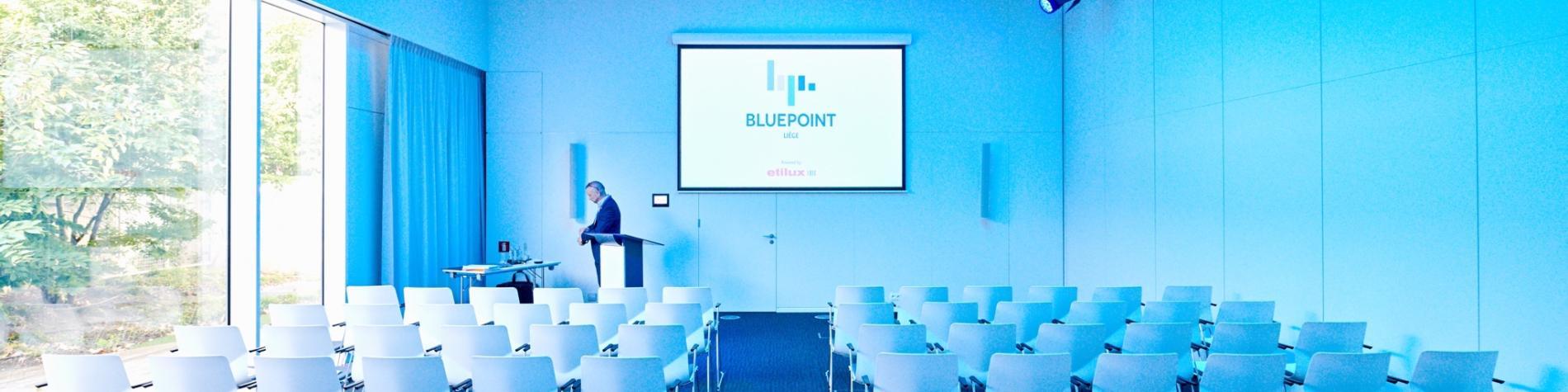 Bluepoint-salle de séminaire