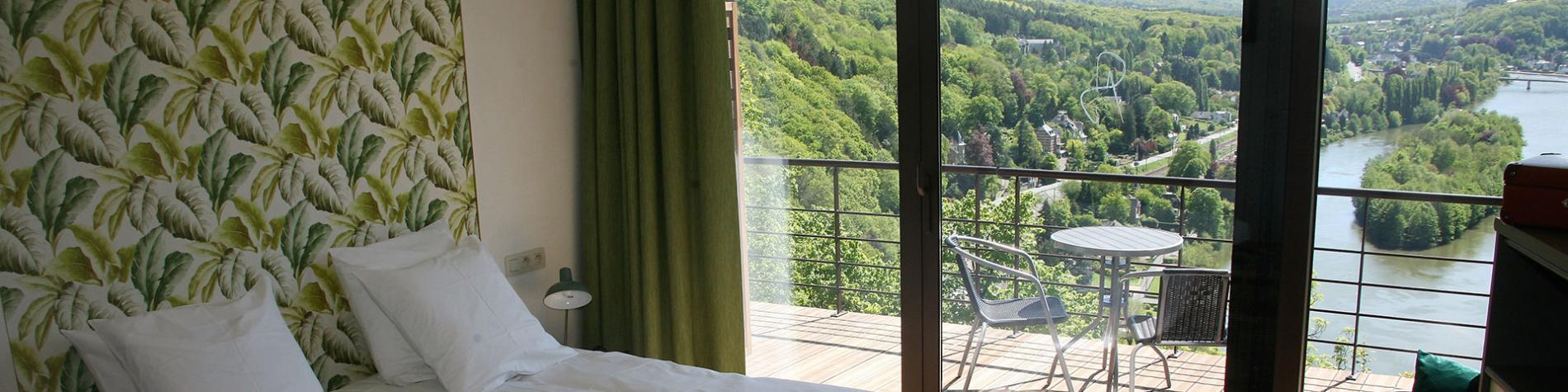 Hôtel La Fête au Palais à Lustin