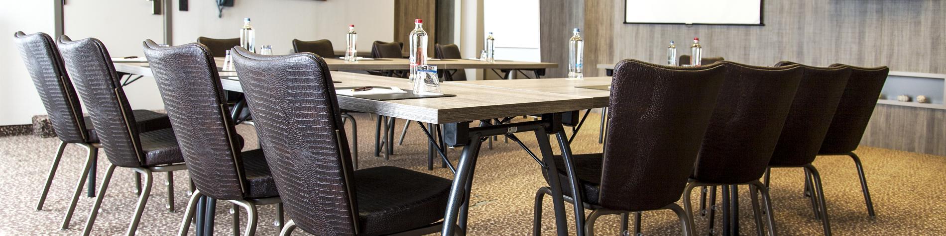 Salle de réunion à l'hôtel Quartier Latin à Marche-en-Famenne Business & Meetings