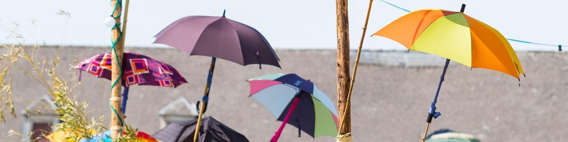 Festival LaSemo 2017 - décoration - parapluie - météo