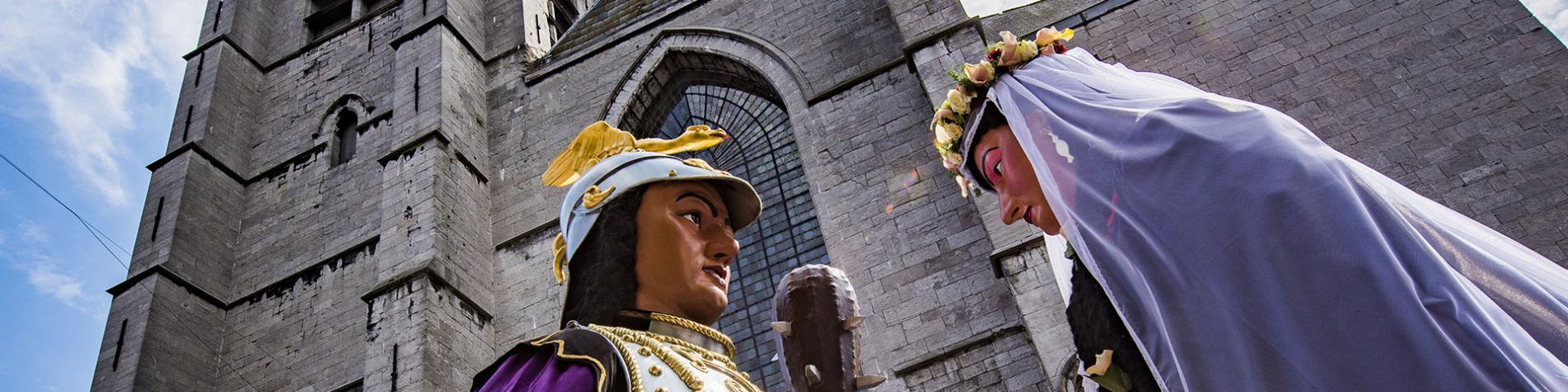 La Ducasse d'Ath - Les Géants dansent en Wallonie - UNESCO - patrimoine immatériel - animaux fantastiques