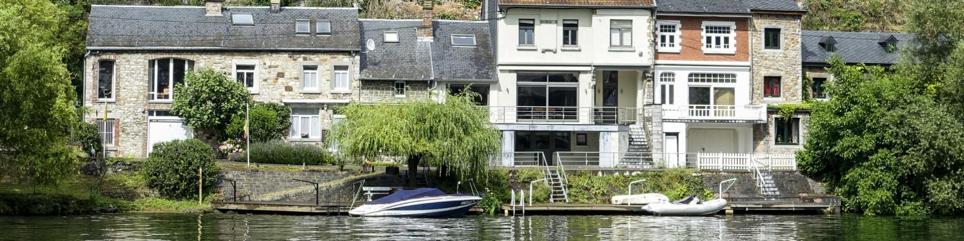 La Meuse et les rochers du Frene à Profondeville