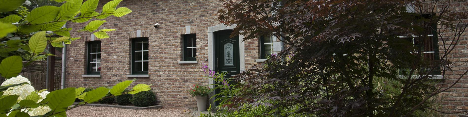 Meublé de vacances Sweet Home Spa - 5 chambres. 3 salles de bains - Sauna - Grand garage - Parking privé - Jardin - Terrasse