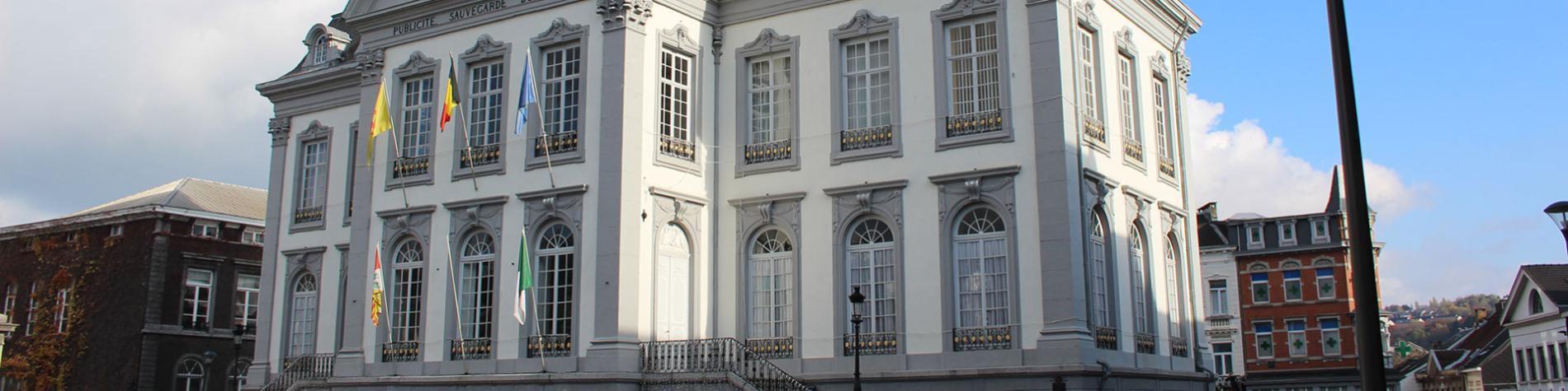 Hôtel de Ville - Verviers - style néo-classique - patrimoine exceptionnel de Wallonie