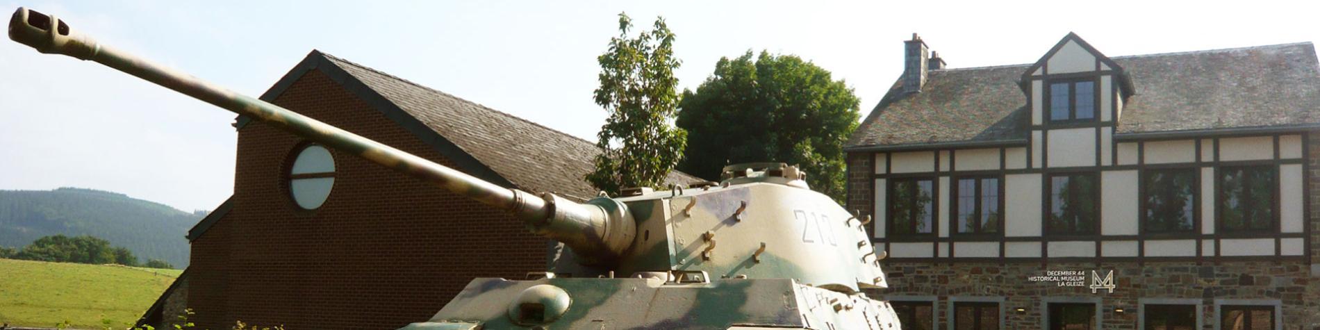 Char - Tigre Royal - Musée Decembre 44 - Wallonie insolite