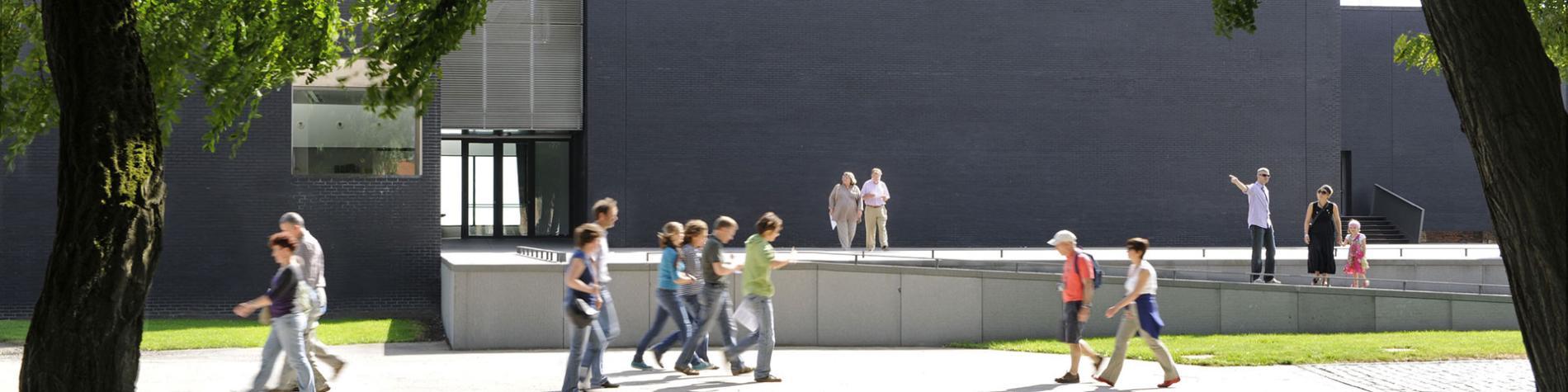 MACS - Musée - Arts contemporains - Fédération Wallonie Bruxelles - parc