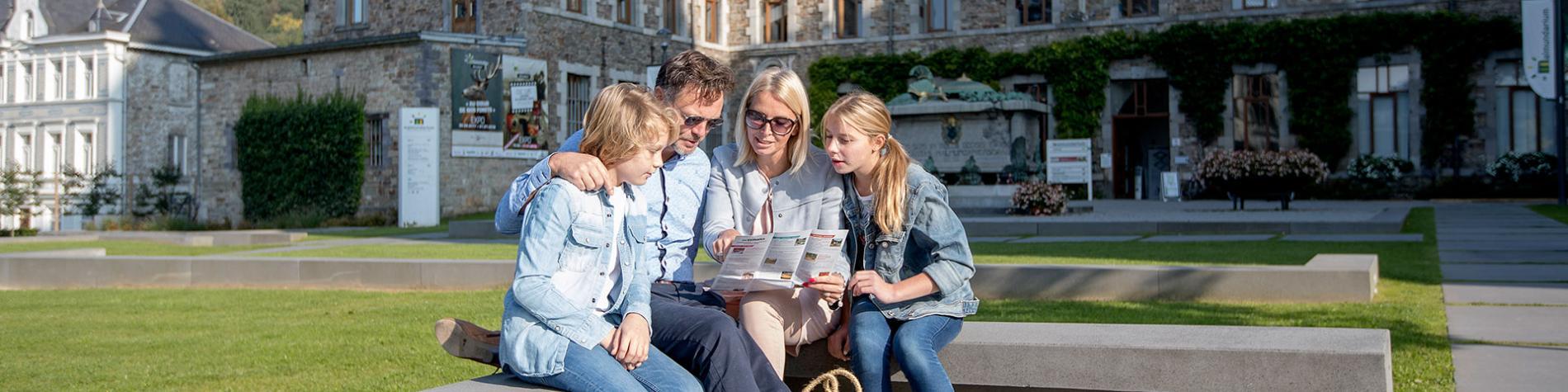 Malmedy - Malmundarium - Famille - visite - musée - photographie - appareil photo - imprimerie - Nature - place